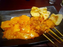 satay-padang-with-lontong-rice-cake-and-peanut-sauce