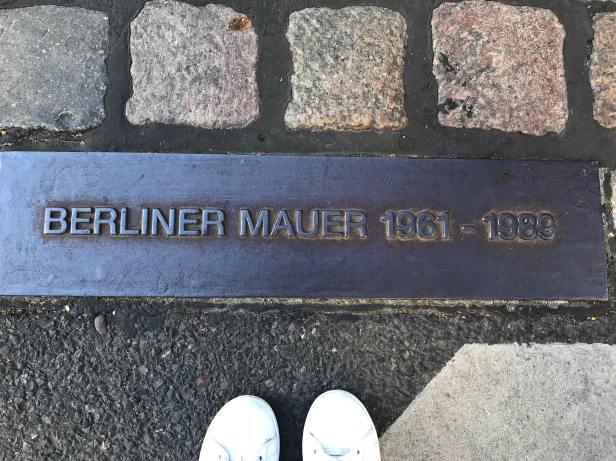 Wall marker