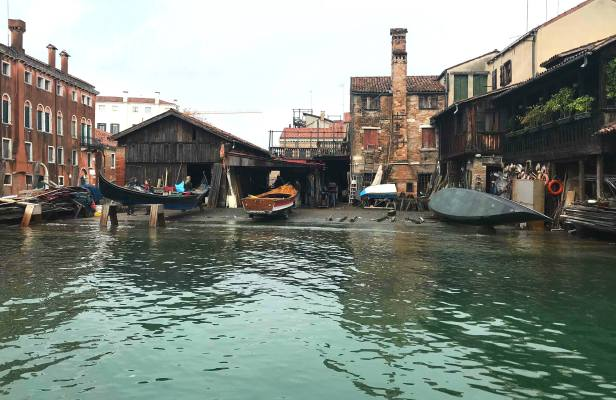 Gondola workshop